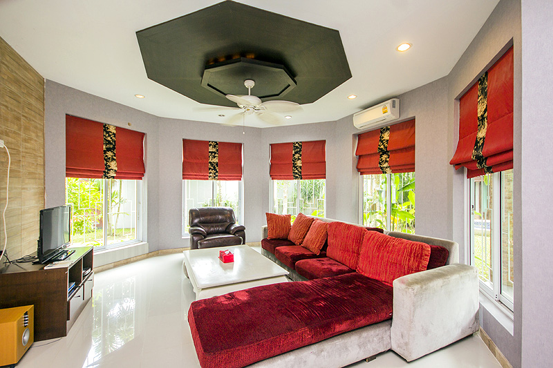 Four bedroom  house for Sale in Bang Saray