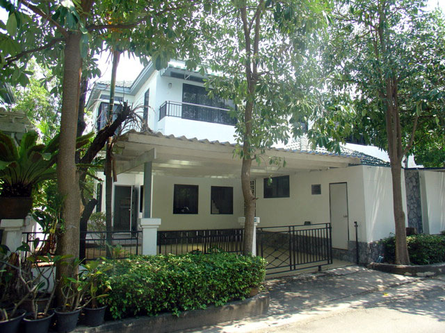 Three bedroom  townhouse for Sale in Na Jomtien