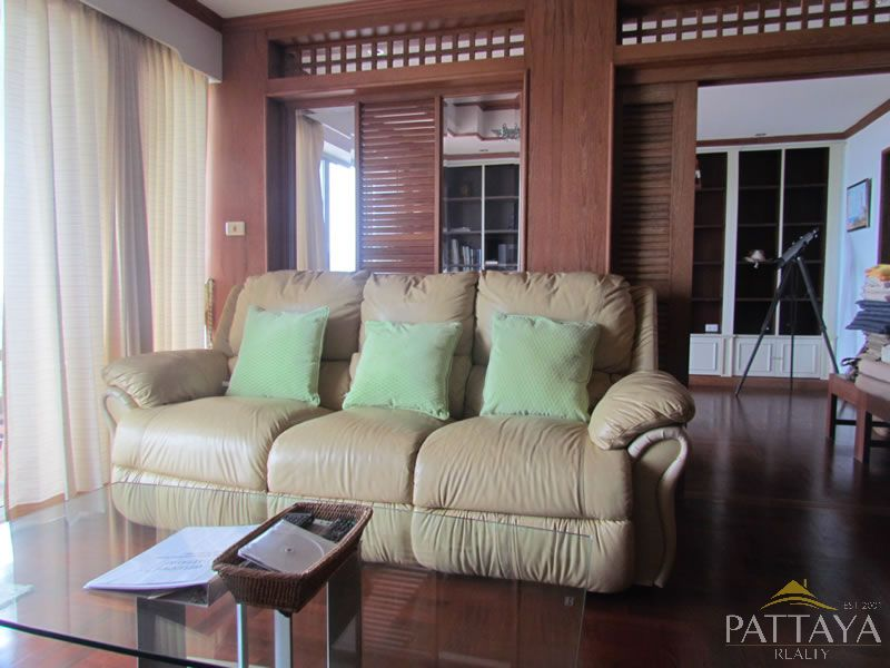 Three bedroom  condo for Rent in Naklua
