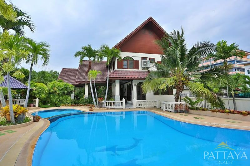 Four bedroom  house for Sale in North Pattaya