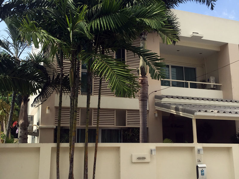 Three bedroom  townhouse for Sale in East Pattaya