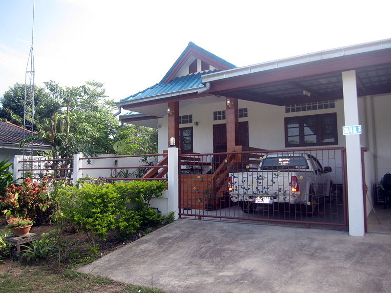 Two bedroom  house for Sale in Bang Saray
