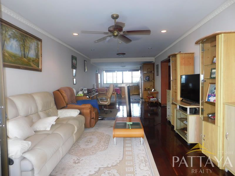 Two bedroom  condo for Sale in Na Jomtien