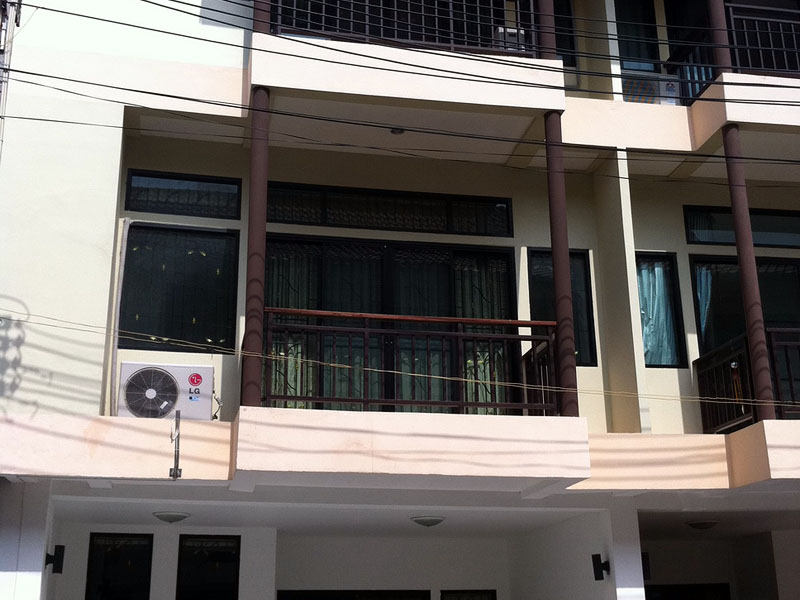 Three bedroom  townhouse for Sale in Central Pattaya