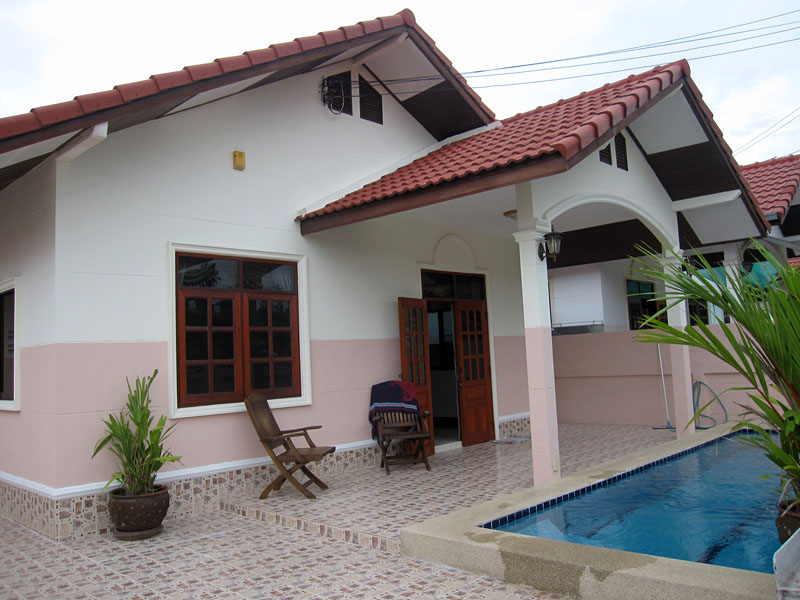 Two bedroom  house for Rent in East Jomtien - Huay Yai