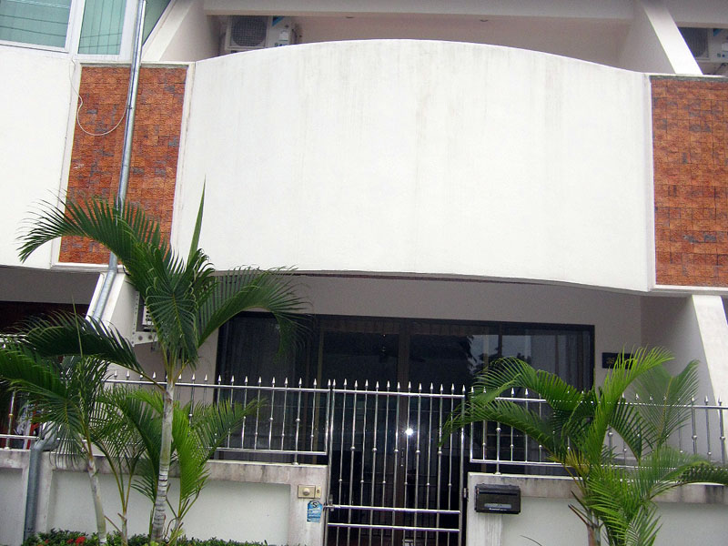 Two bedroom  townhouse for Sale in East Pattaya