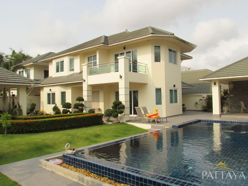 Luxury Home In Greenfields, Pattaya