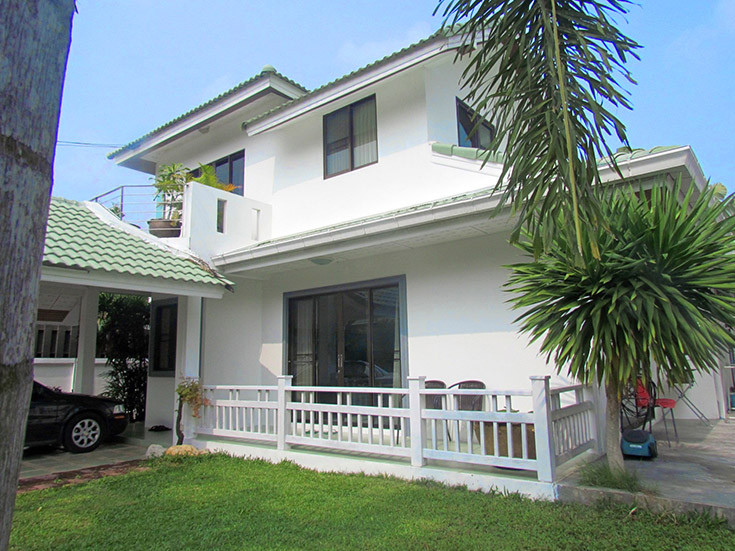Three bedroom  house for Sale and Rent in East Pattaya