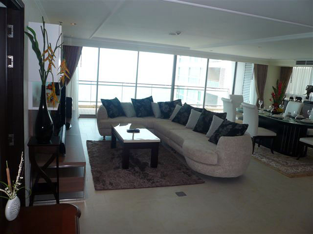 Three bedroom  condo for Sale and Rent in North Pattaya
