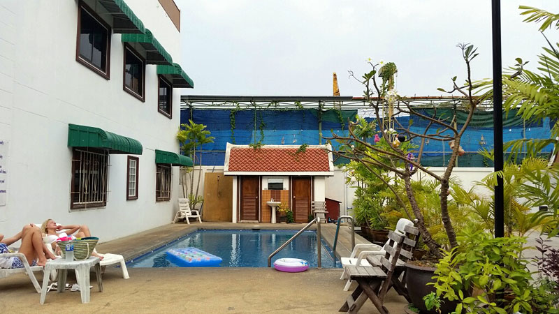 Four bedroom  townhouse for Rent in Pratumnak