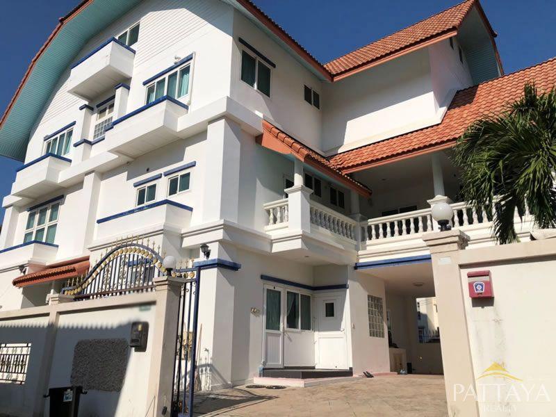 House for Sale in Naklua