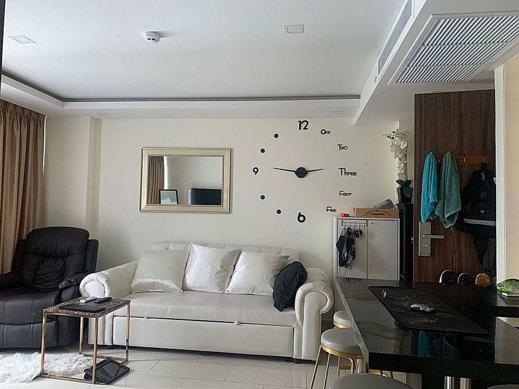 One bedroom  condo for Sale in South Pattaya