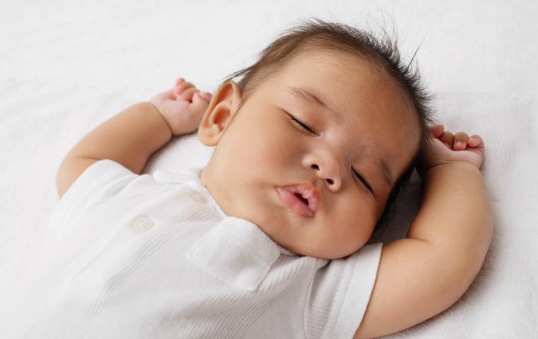sleeping baby sleep training infant