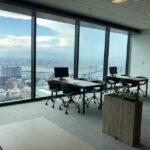 大阪を一望できる、大阪事務所の景観。