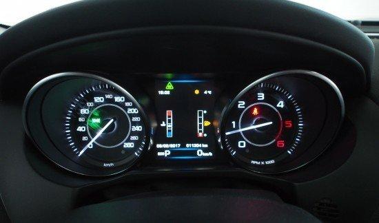 Jaguar XE PRESTIGE 180PK AUTOMAAT PANORAMISCH DAK BLAUW METAALKLEUR
