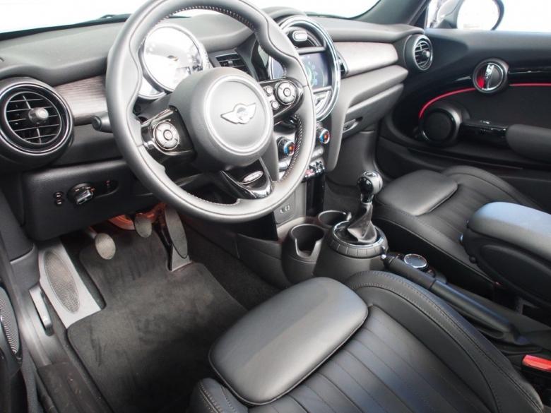 MINI Cabrio-Serie (alle)