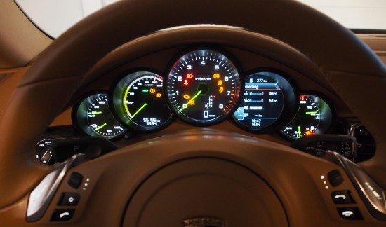 Porsche Panamera S E HYBRID LED 21INCH VELGEN