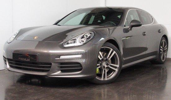 Porsche Panamera S E HYBRID DEL 20 POUCES JANTES TURBO PANODAK SOFTCLOSE
