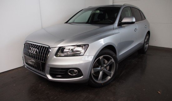 Audi Q5 20 TDI 150CV ADVANCE 19'' GRIS CAMERA PRIVACY