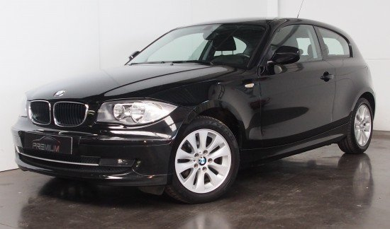 BMW 116 D ZWART HATCH COUPE