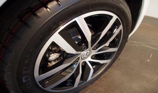 Volkswagen Golf FACELIFT R-LINE NAVI - LED - SPORT - PANO