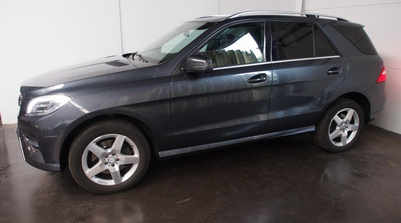 Mercedes ML 250 BLEUTEC 4MATIC GRIJS