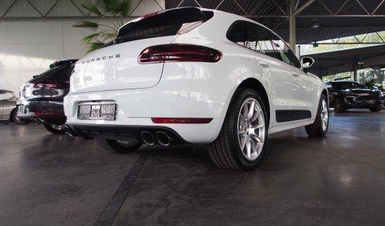 Porsche Macan GTS 360PK VOLLEDER LUCHTVERING PANODAK CONNECTPLUS