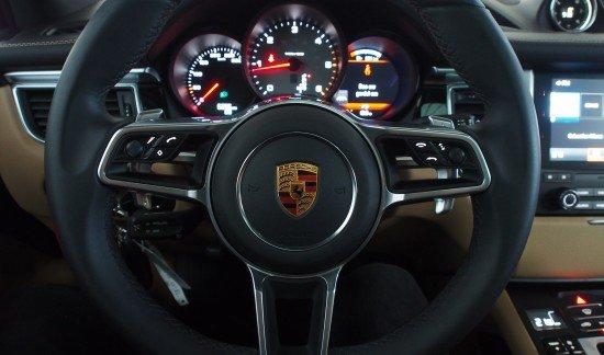 Porsche Macan S DIESEL VOLCANOGREY 20INCH SPYDER LEDER PASM OPENDAK TREKHAAK