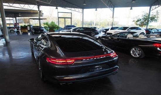 Porsche Panamera NEW 4 E-HYBRID VULCANOGRIJS 462PK FULL OPTION