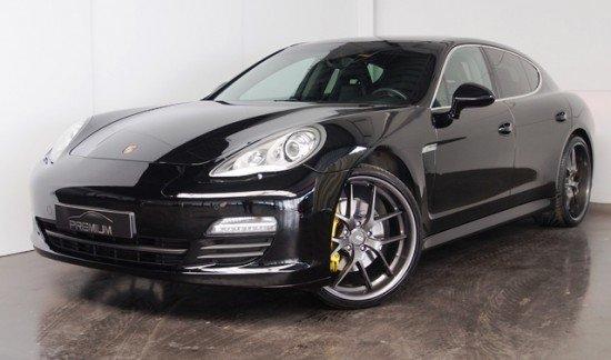 Porsche Panamera 3.0 Hybride benzine / elektrisch zwart