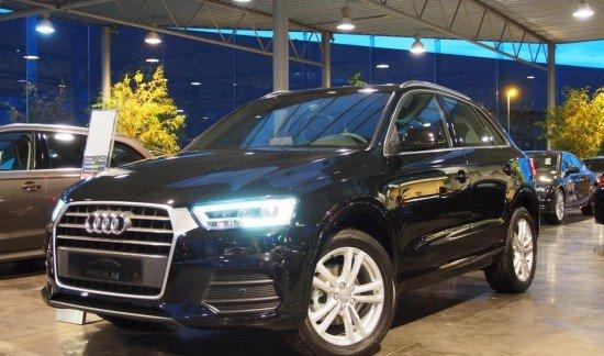 Audi  Q3 ZWART