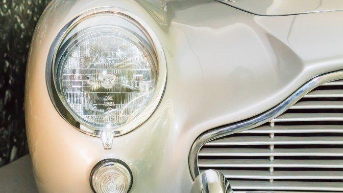Tweedehands Aston Martin te koop bij Premium Veurne