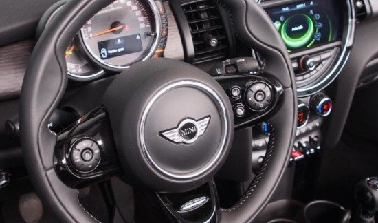 MINI Cooper D Cabrio Full option / LED / NAVI / CAM