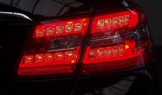 Mercedes-Benz E 220 CDI BleuEFFICIANCY COUPE ZWART