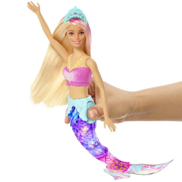 BARBIE DREAMTOPÍA. SIRENA NADA Y BRILLA - Barbie