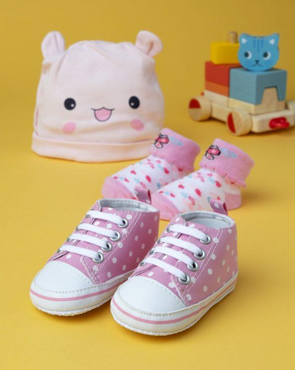 Set de niña: gorro, calcetines y zapatos rosas - Prénatal