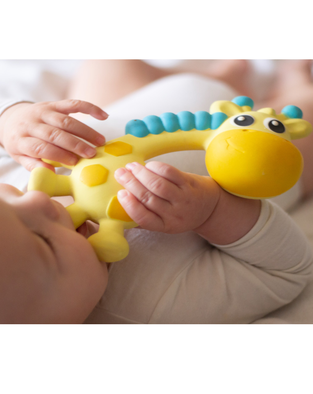 Playgro - squeak and soothe natural teether - Playgro