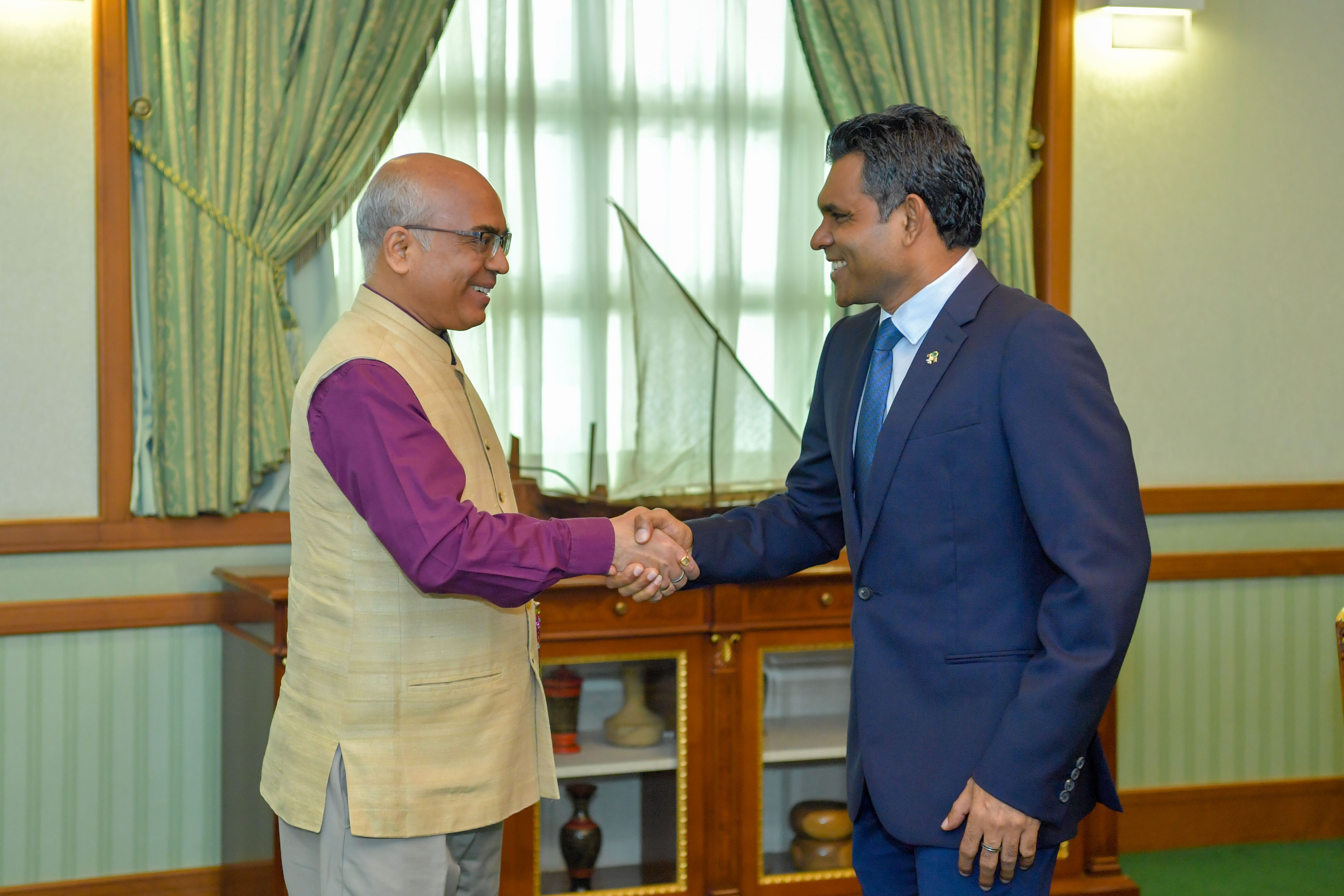 The Ambassador of India pays farewell call on the Vice