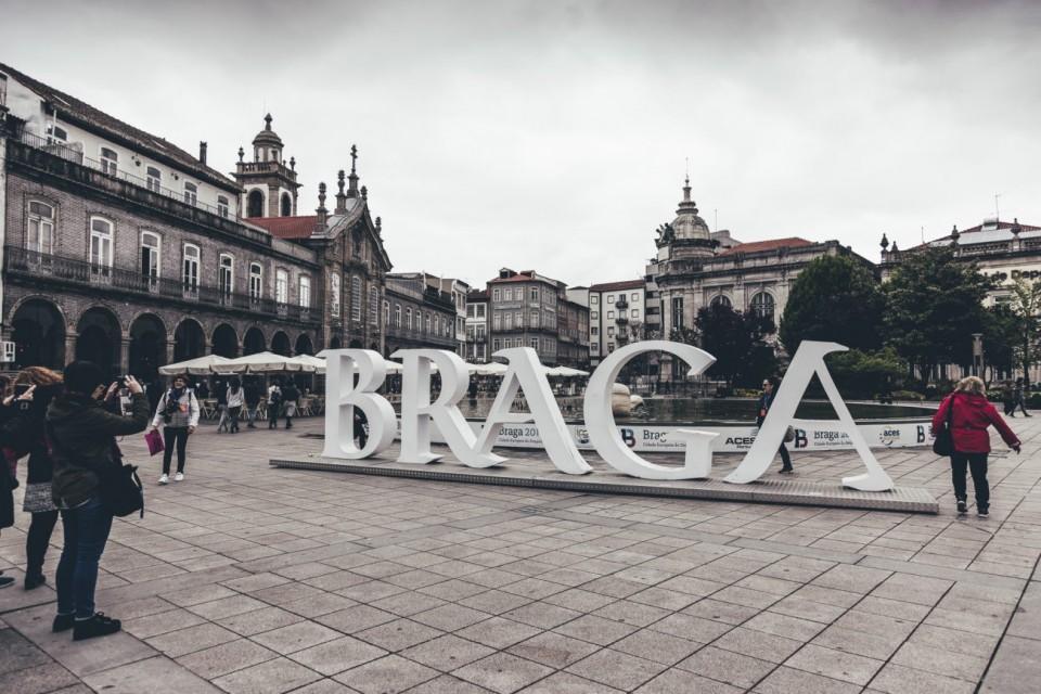 Investimento municipal em Braga duplicou em 2018 mas dívida a curto prazo aumentou
