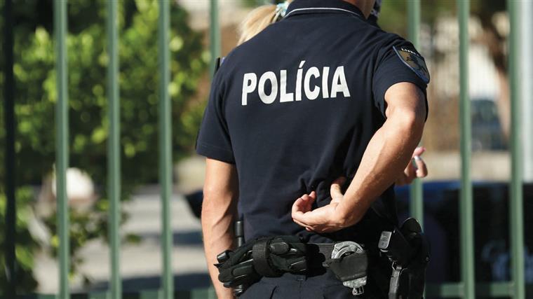 Polícia alerta para burlas com falsos acidentes em parques de estacionamento