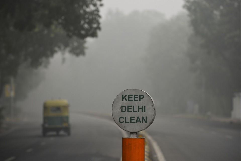 Poluição obriga autoridades de Nova Deli (Índia) a tomar medidas