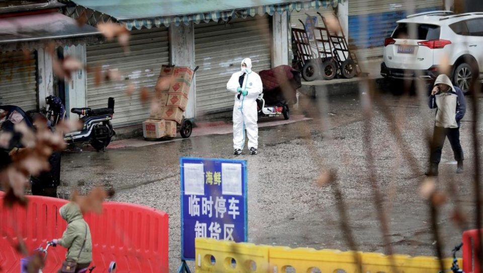 Coronavírus: Portugal equaciona fretar avião para retirar portugueses retidos em Wuhan