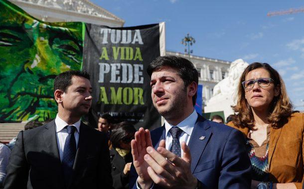 CDS insiste em Amares no referendo sobre eutanásia