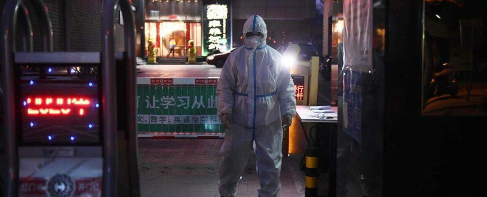 """OMS diz que o mundo """"simplesmente não está pronto"""" para enfrentar coronavírus. Números da epidemia"""