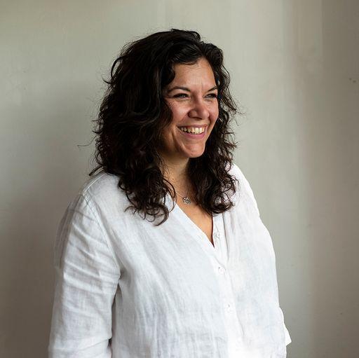 Leslie Moody Castro, Curator