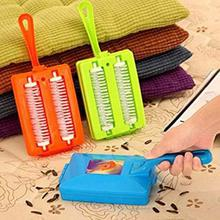 1 pack Portable Table Sofa Brush Carpet Cleaner Crumb Sweeper Dirt Cleaning Tool Double Roller Cleaner Coll