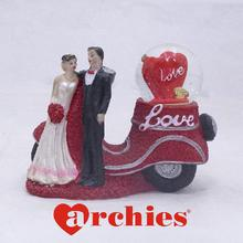 Sweet Scooter Love Couple Statue Decor