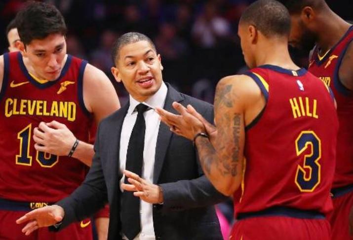 Cavaliers despiden a entrenador Tyronn Lue