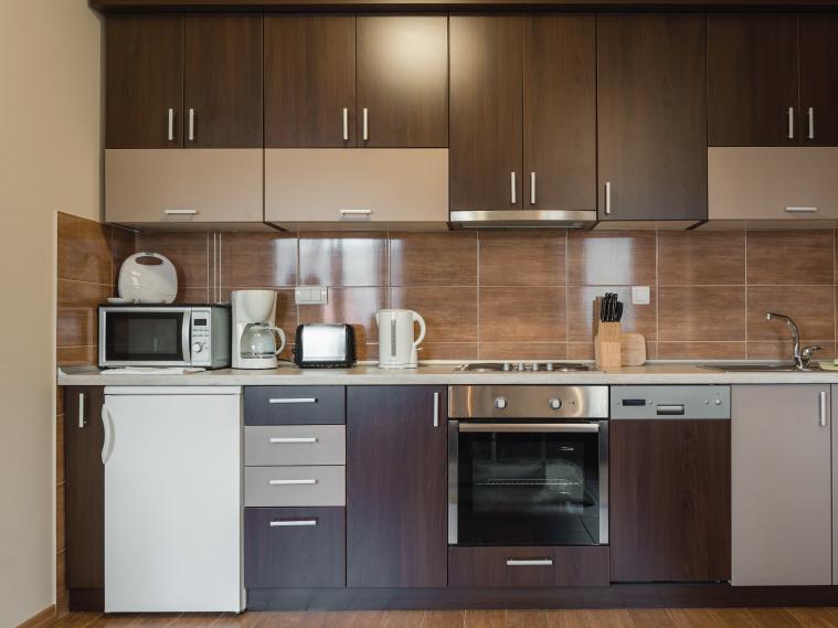 ต่อเติมครัวหลังบ้าน ทำครัวเปิดหรือครัวปิดดี ?