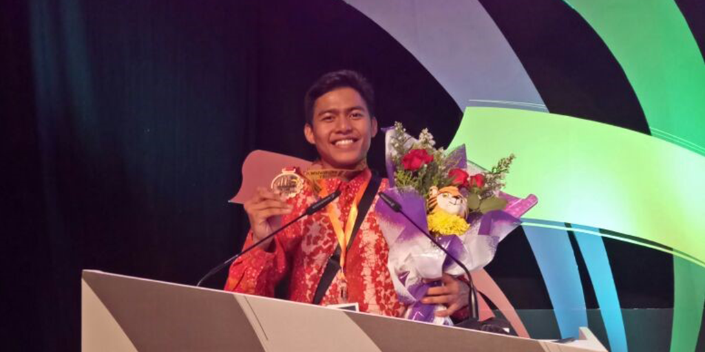 Abdul-Azis -Teknisi-Nissan-Datsun-menangkan-Bronze-Medal-di-ACS-2016 Image 2